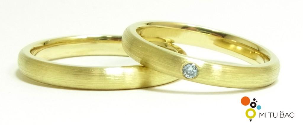 アイスブルーダイヤモンド 結婚指輪
