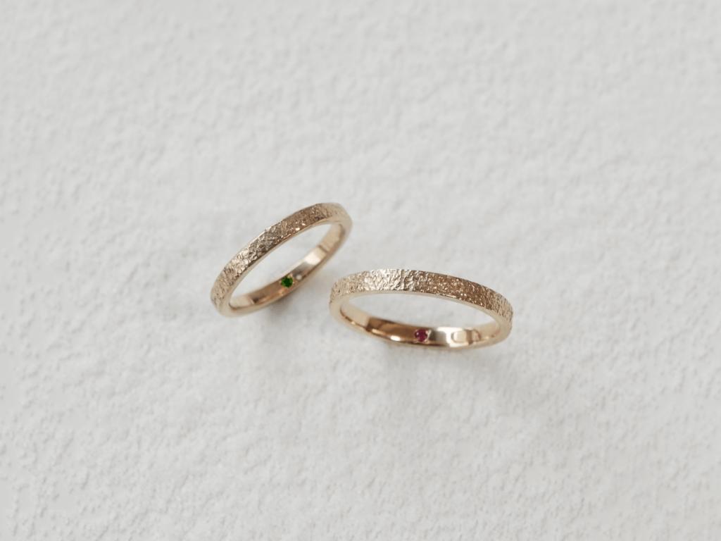 輝く雪のような手作り結婚指輪