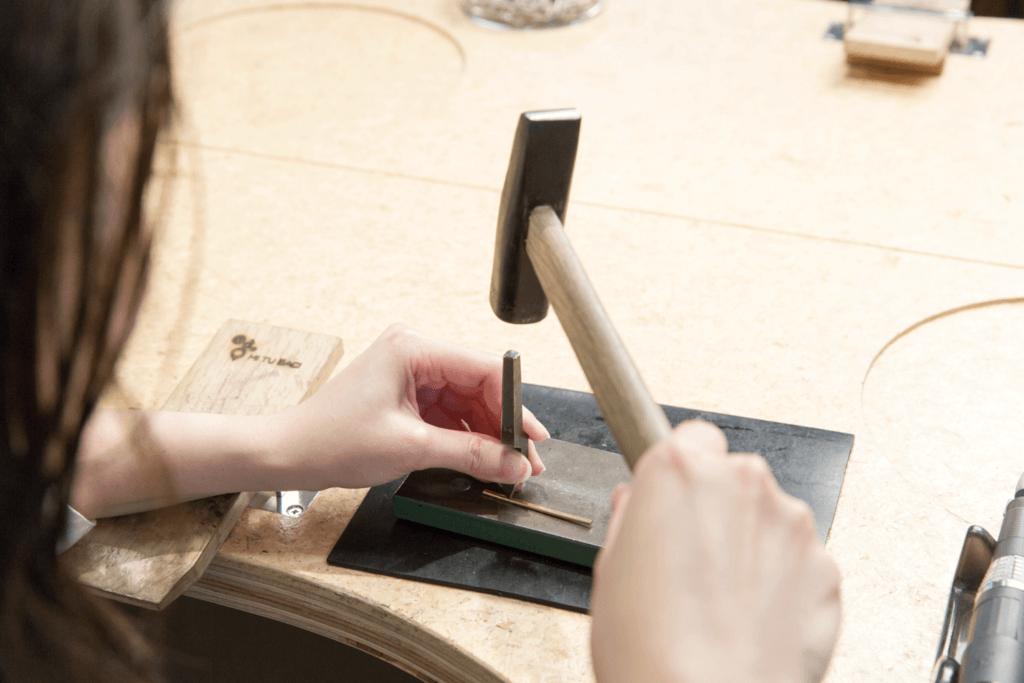 手作りリングへの刻印は無料
