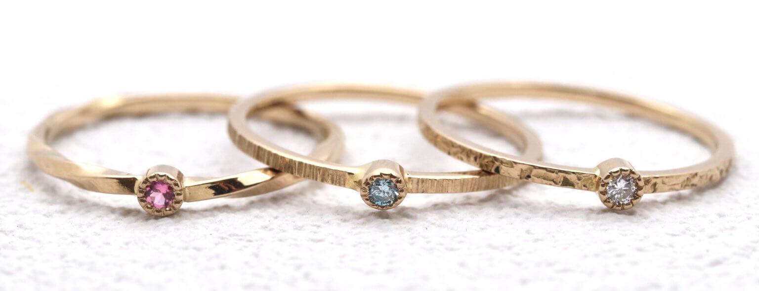 誕生石・ダイヤモンドを入れたシャンパンゴールドリング