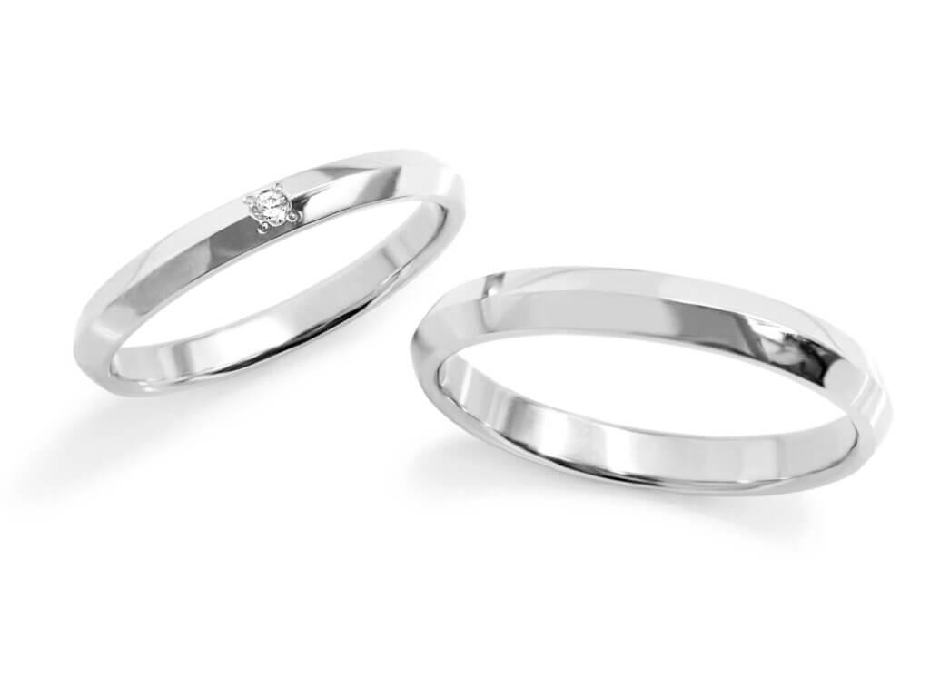 美しい山のような結婚指輪