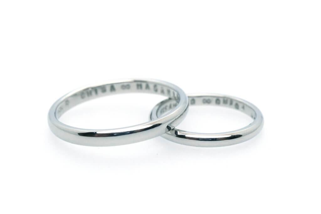 オーバルのプラチナ手作り結婚指輪