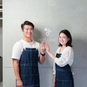 職人が結婚指輪のハンドメイドの方法を伝授